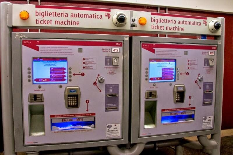 Автоматы по продаже билетов в Риме