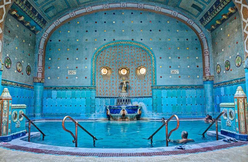 4 лучшие купальни Будапешта