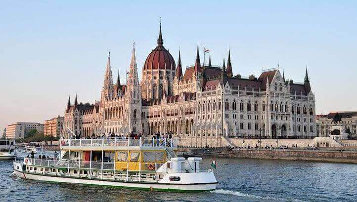Водный транспорт Будапешта