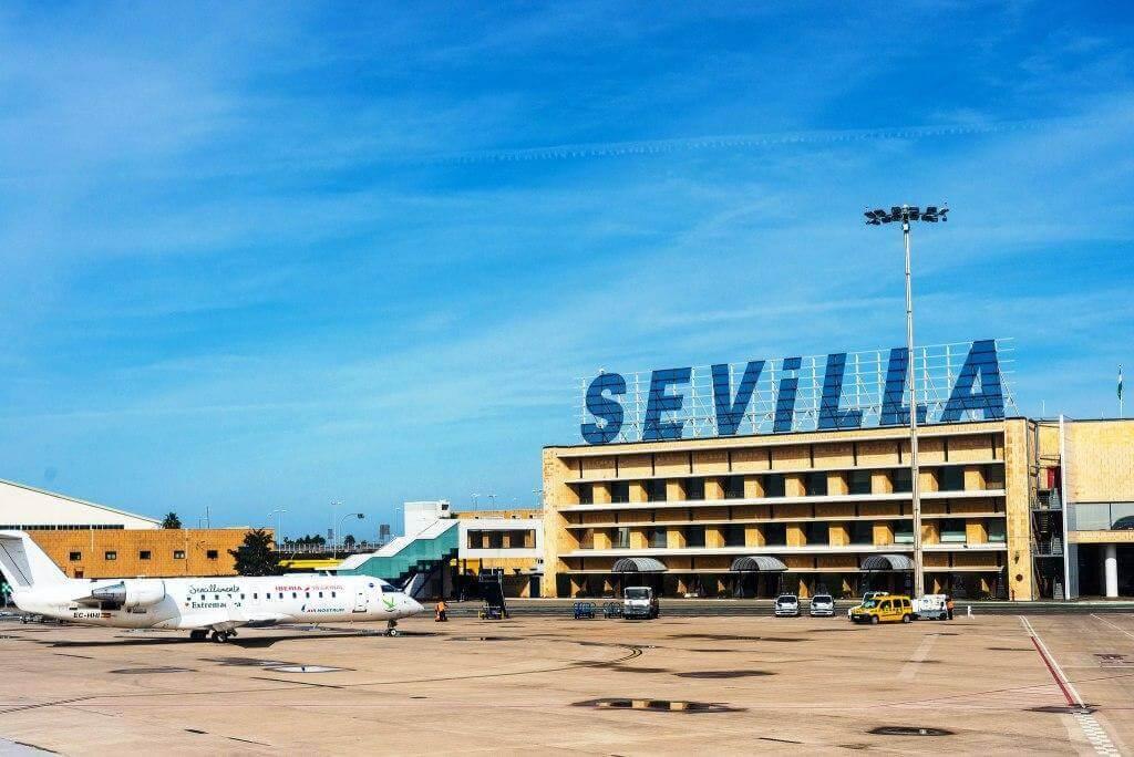 Как добраться из аэропорта Севильи в центр города