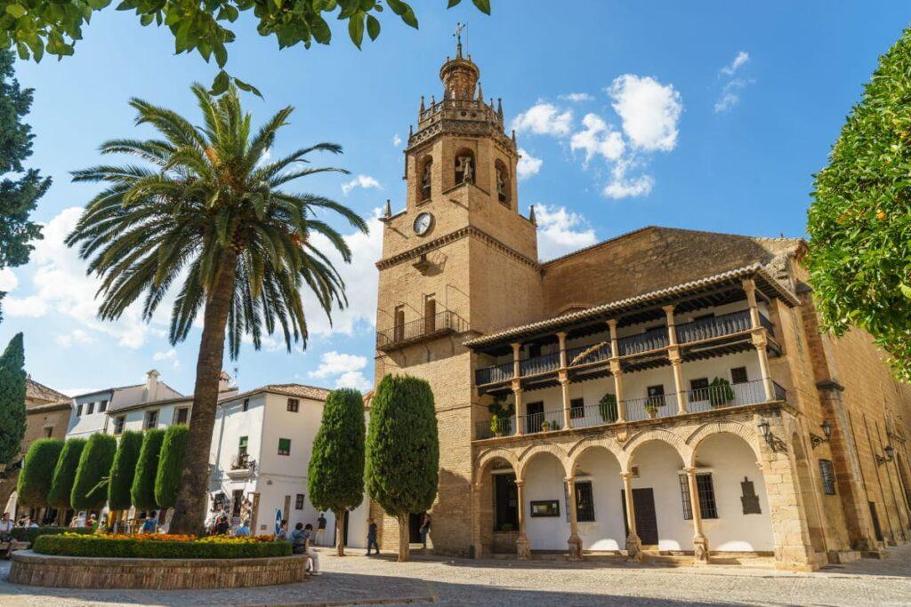 Церковь Санта Мария-ла-Майор в Ронде