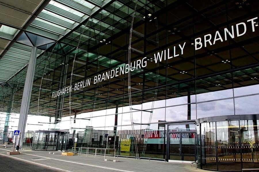 Как добраться из аэропорта Бранденбург в центр Берлина